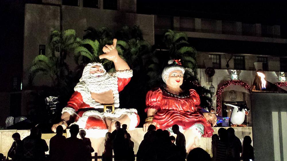 Shaka Santa & Tutu Mele