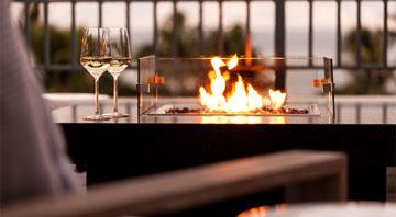 The Ritz Carlton Alaloa Lounge